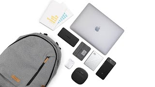 WHAT'S IN MY LIGHTWEIGHT TECH BAG | 2018