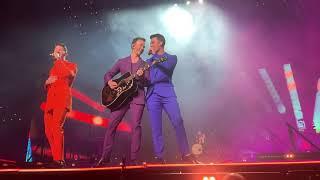 Download lagu Jonas Brothers Happiness Begins Tour Intro Rollercoaster Miami 4K