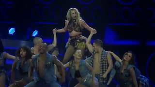 Скачать Britney Spears Clumsy Change Your Mind Live In London Piece Of Me Tour O2 Arena HD