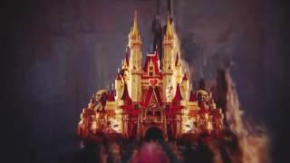 Новогоднее представление «Алиса в Зазеркалье» во дворце спорта «Лужники»...