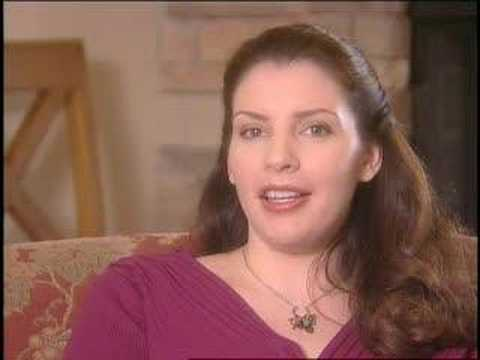 Stephenie Meyer talks about Breaking Dawn