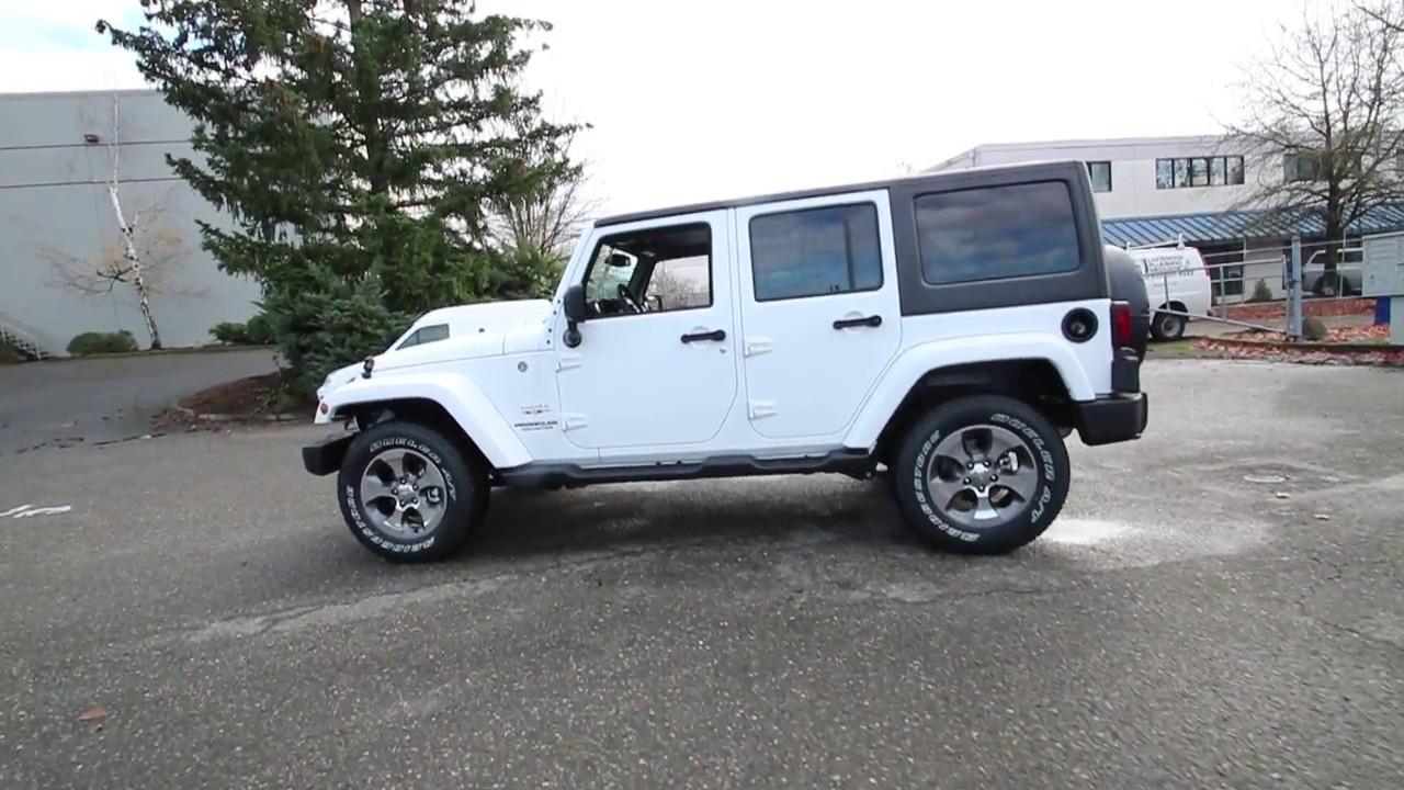 2017 jeep wrangler unlimited sahara bright white clearcoat hl512324 redmond seattle. Black Bedroom Furniture Sets. Home Design Ideas