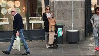 Падуя,  Италия - красиво одетые люди, стритстайл с итальянских улиц