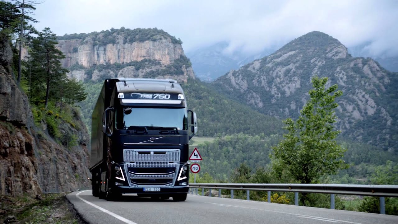 Volvo Trucks - Volvo Trucks - I-See updated and improved ...