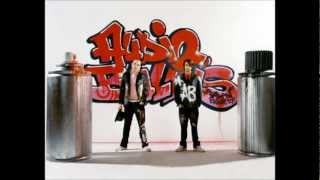 Audio Bullys - Daisy Chains HQ