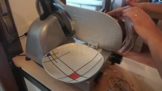 Funzionamento dell'affettatrice RGV New Lusso 25GL