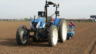 New Holland tnd 70 robottrekker met Trimble rtk-gps Trekkerweb