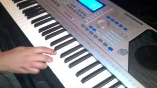 تعليم عزف اغنية بلاش اللون ده معانا