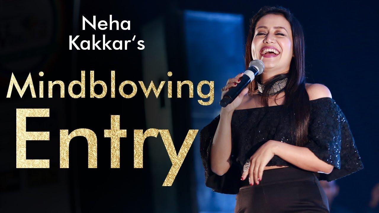 Neha Kakkar's Mindblowing Entry - Neha Kakkar Live - BFGI Bathinda