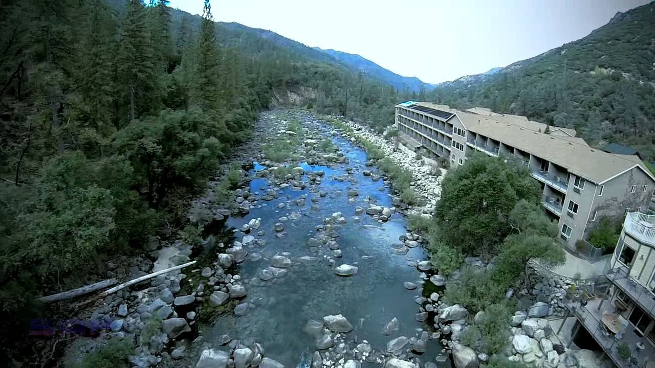 yosemite view lodge and the merced river 10 youtube. Black Bedroom Furniture Sets. Home Design Ideas
