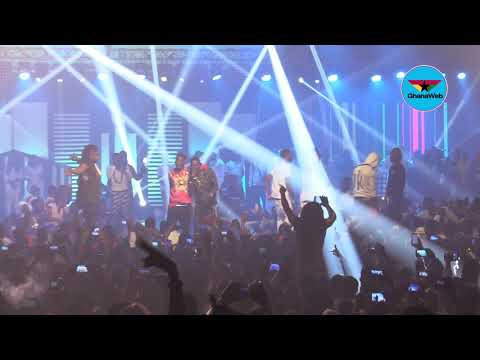 Shatta Wale performs with Militants at Reign Concert
