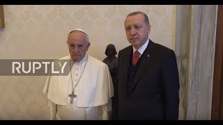 Holy See: Erdogan welcomed to Vatican by Pope Francis