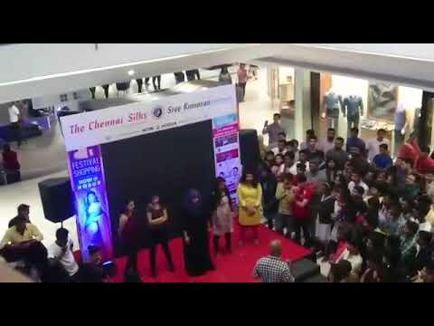 Rock Dance by Muslim lady at Mangalore  mall