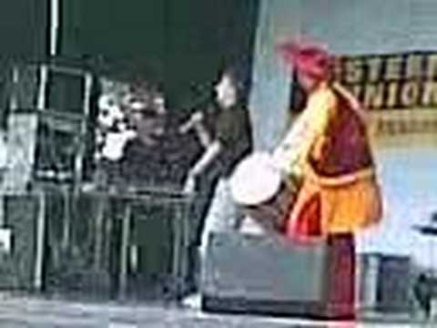 Lally (Ishq) Live at Plumstead Mela 2007