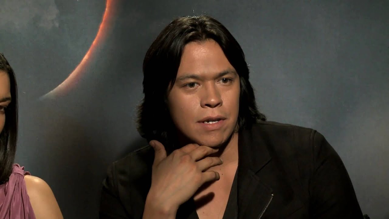 new twilight eclipse interview hd the wolf pack chaske spencer