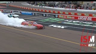 bell-allgaier-caught-up-in-cloud-of-smoke-at-phoenix