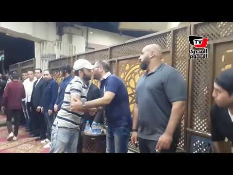 شريف رمزي ومحمد جمعة يقدمون واجب العزاء في الفنان ماهر عصام  - 23:21-2018 / 6 / 18