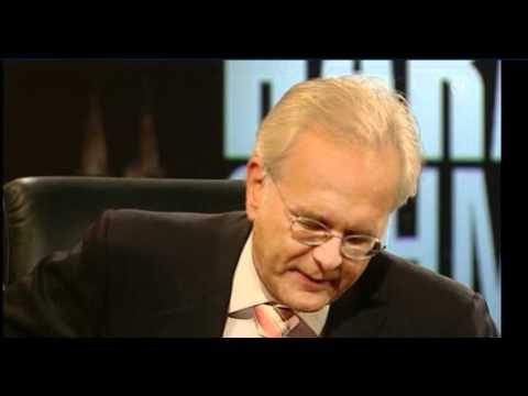 Oliver Kahn im Interview zur Deutschfeindlichkeit - Harald Schmidt Show - 14.10.2010