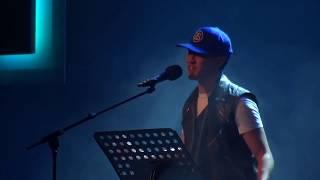 """Viet Phuong - """"Identität"""" (Poetry Slam)"""