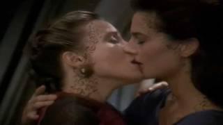 Dax & Lenara - DS9 Rejoined Lesbian Love Kiss Scene