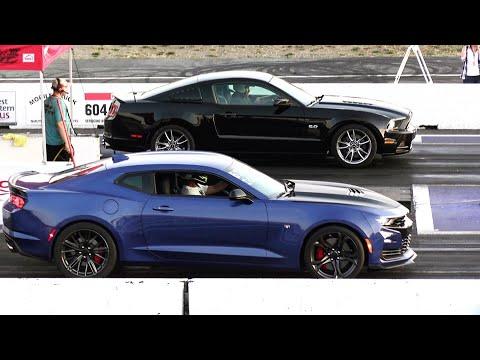 New 2019 Camaro SS vs Mustang GT - drag race