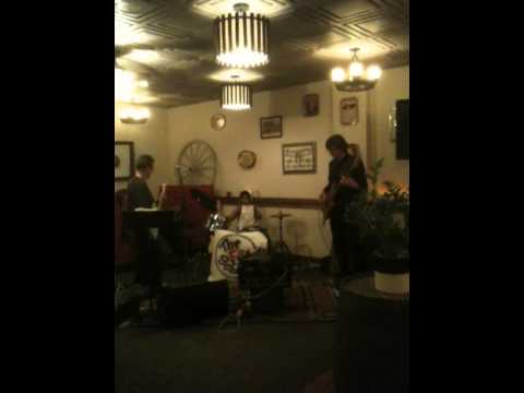 Theo Live at Bookers