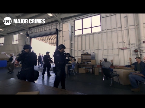 Major Crimes: Virtual Reality Experience: SWAT Team Summer Finale [CLIP] | TNT