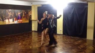 Показательный танец учителей