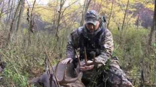 Michigan Hunting 11.13.12 - Monster Michigan Bow Kill