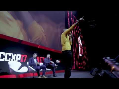 Will Smith canta no palco da CCXP 2017