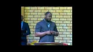 Pasteur Moise Mbiye - Nzambe Monene (adoration)