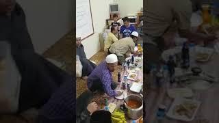 Buka puasa As suro di appartement Ustadz Harun Abdul Malik, di KSA