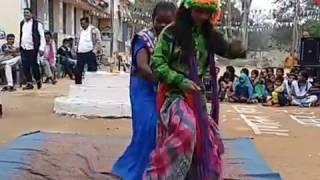 Sangvari re jhulna jhulahu aama ke daar ma school dance msnavadih khurd