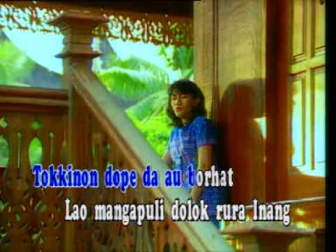 Christine Panjaitan - Di Jou Au Mulak Amang (with caption)