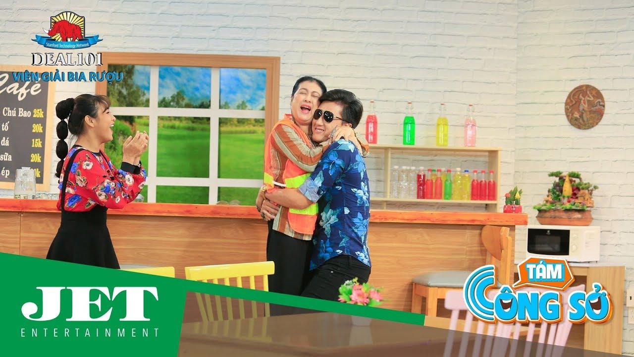 """Image result for Thanh Thủy nhận Quách Ngọc Tuyên làm """"con nuôi"""" trong phim hài """"Tám Công Sở"""""""