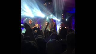 Ed Sheeran & Snow Patrol Singing Chasing Cars At Latitude 2015