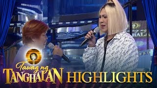 Tawag ng Tanghalan: Vice Ganda promises to give Benny Perez's wife a brand new television set