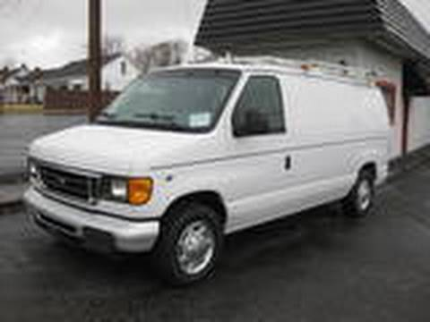 2005 ford e150 start up engine and in depth tour youtube. Black Bedroom Furniture Sets. Home Design Ideas