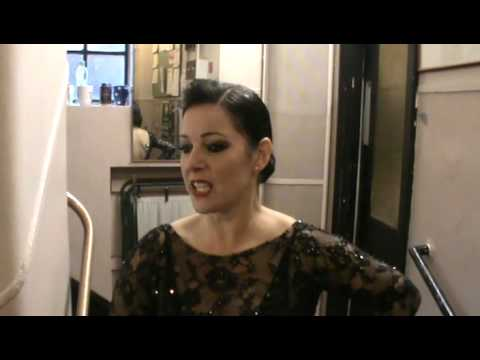 Chicago the Musical (London) - Behind The Scenes w/ Ruthie & Terra