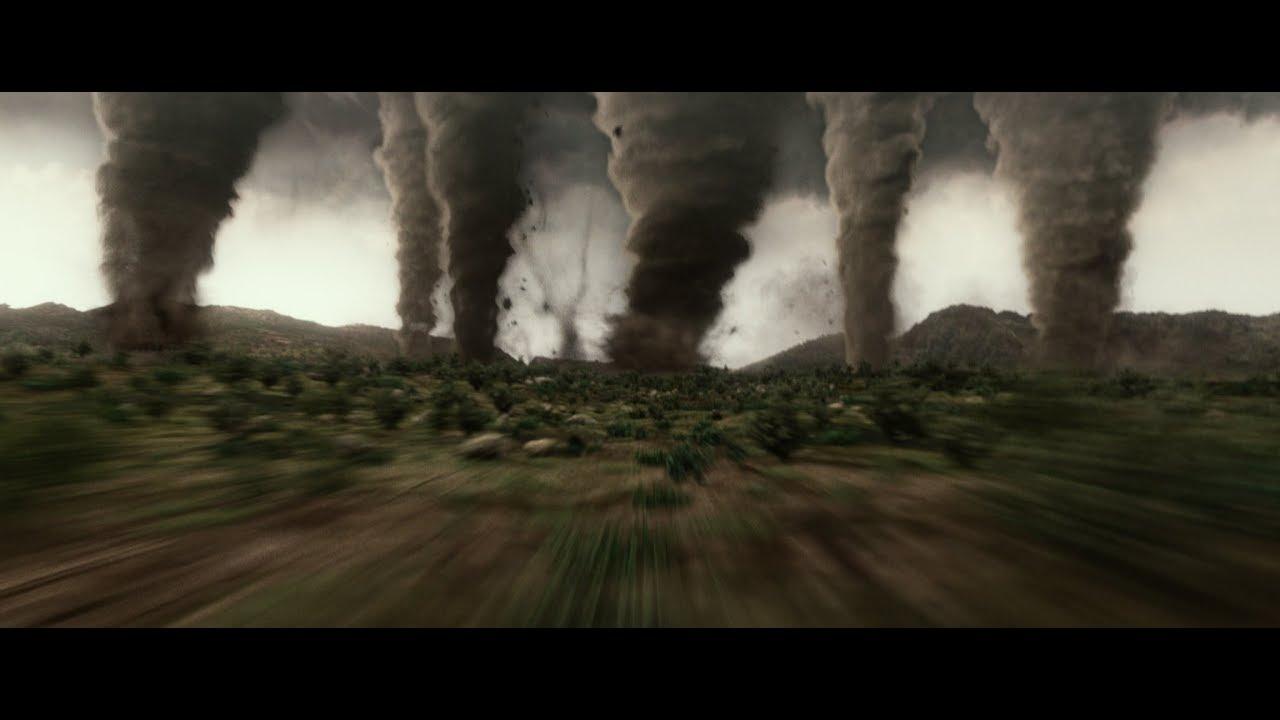 前代未聞の竜巻祭り!『ジオストーム』特別映像 - YouTube