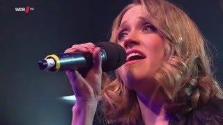 Helau - Carolin Kebekus (Adele Parodie) // Mit deutschen Untertiteln!