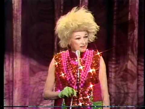 Phyllis Diller in performance 1978