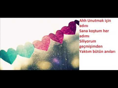 Nigar Muharrem Omuzumda Aglayan Bir Sen Lyrics Youtube