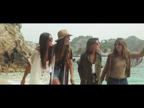 Stradivarius & Vueling: The Summer Expedition