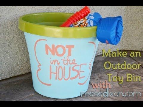 Make an Outdoor Toy Bin!