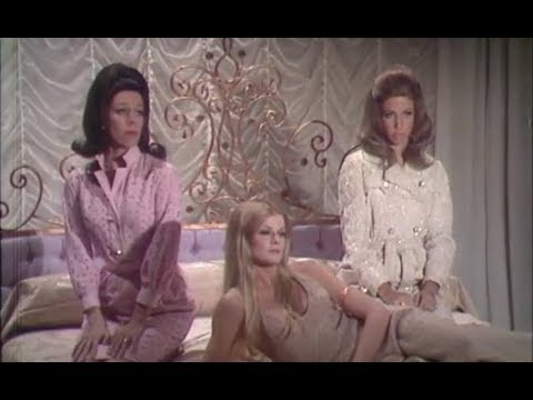 "Valley Of The Dolls ""Spoof"" On The Carole Burnett Show 1968"
