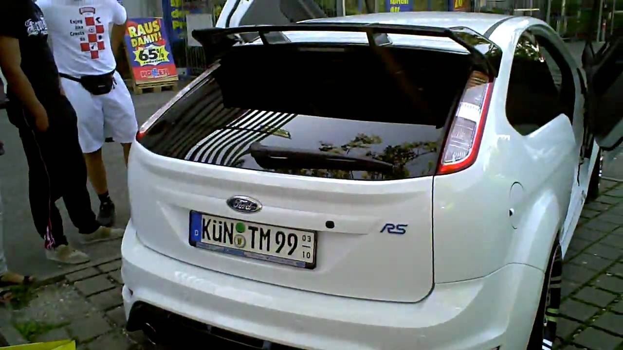 tuning show ford focus rs 2009 youtube. Black Bedroom Furniture Sets. Home Design Ideas