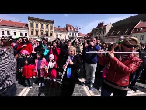 Flash Mob - Flashmob Brasov, Radetzky March - Johann Strauss | Opera Brasov