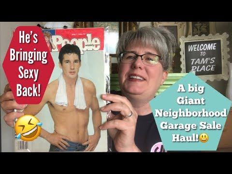 A Big Giant Neighborhood Garage Sale Haul!! | Depression Glass, Vintage People & More!