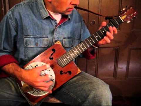 Cigar Box Guitar - Away In A Manger - Open D (DADf#ad)